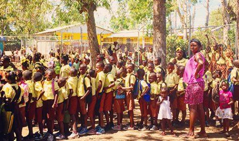 laura-haiti-trip_450