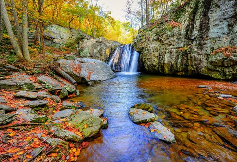 Kilgore waterfall on an Autumn day in Maryland.